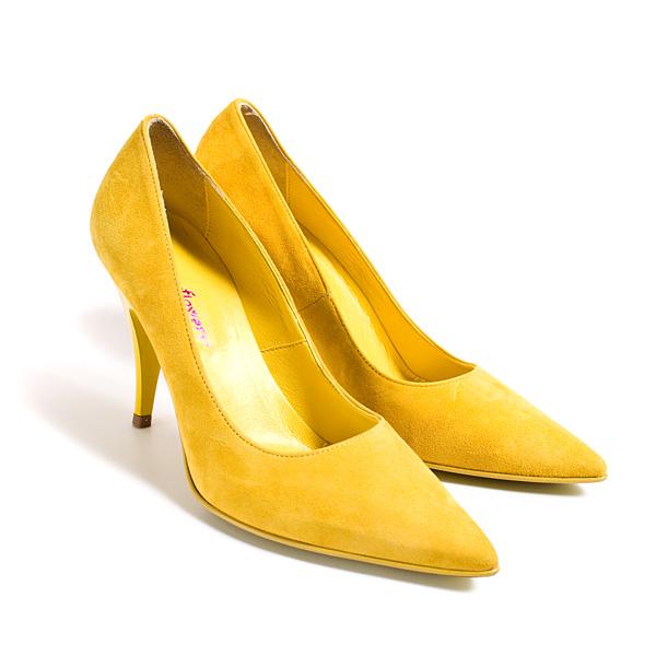 ef8f0e9dd8a Kingad on disainitud ja toodetud itaalias. kaunid kollased stilettod ...